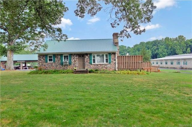 6137 Old Buckingham Rd, Powhatan, VA 23139