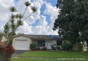 Photo of 1001 Nw 93rd Ter, Pembroke Pines, FL 33024