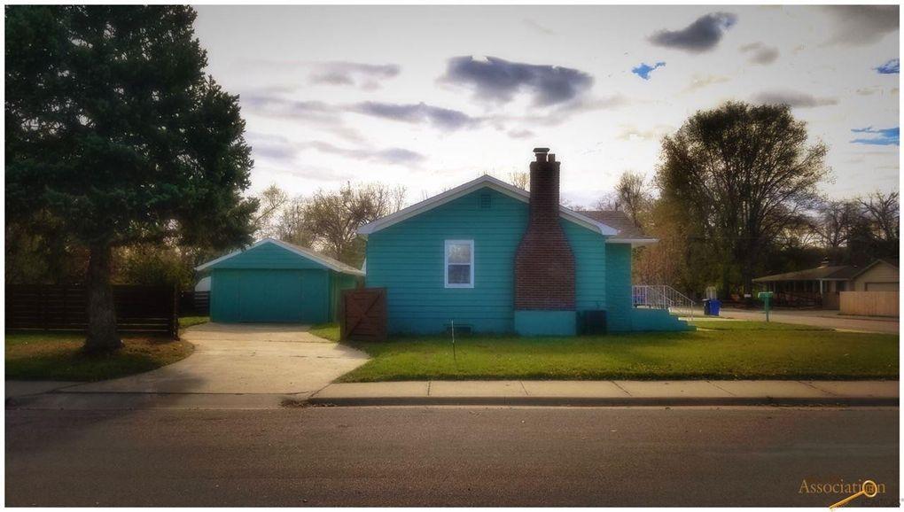 604 38th St, Rapid City, SD 57702