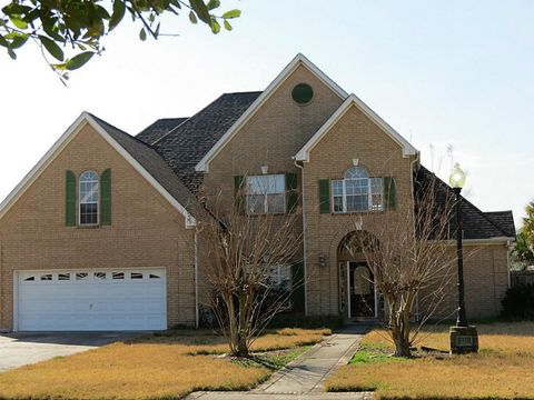 Photo of 6310 Meadow Mist St, Orange, TX 77632