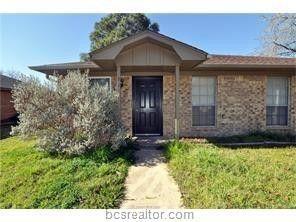 811 Llano Pl, College Station, TX 77840