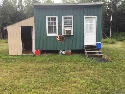 Photo of 298 S Hedgehog Hill Rd, Unity, NH 03743