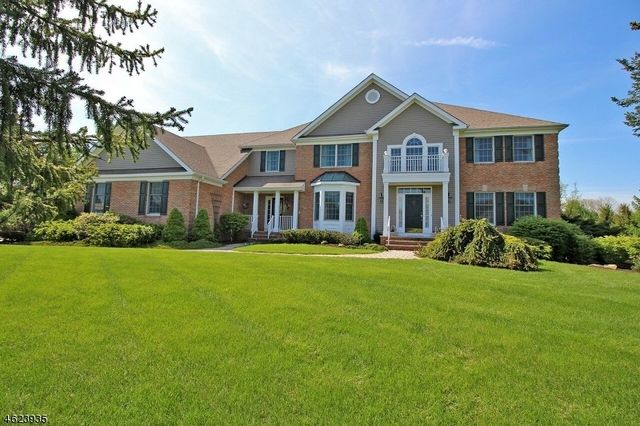 17 Dege Farm Rd, Tewksbury Township, NJ 07830