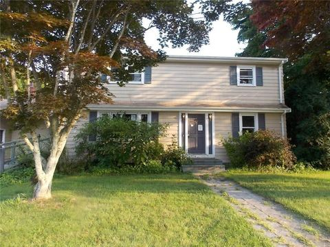 Photo of 35 Dion Ave, Tiverton, RI 02878