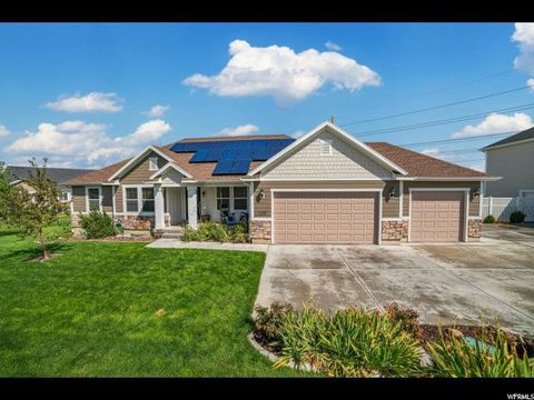 Photo of 1508 S Lakeview Terrace Rd, Saratoga Springs, UT 84045