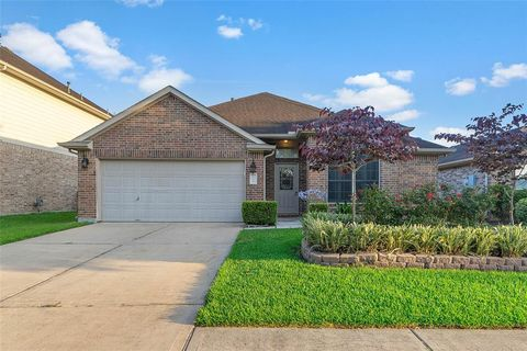 Photo of 1051 Cabot Cv, Dickinson, TX 77539