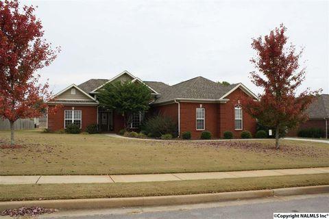 103 Barton Creek Dr, Meridianville, AL 35759