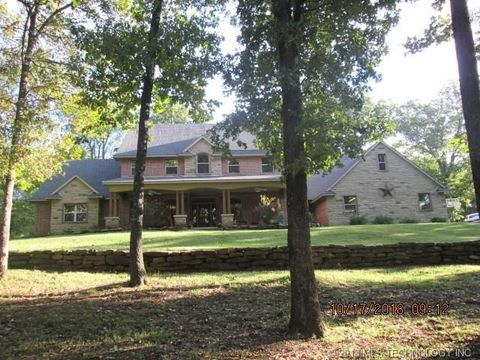 Photo of 401 N 2 Mile Rd, Fort Gibson, OK 74434