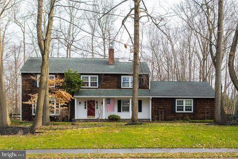 Photo of 20 Lorrie Ln, Princeton Junction, NJ 08550