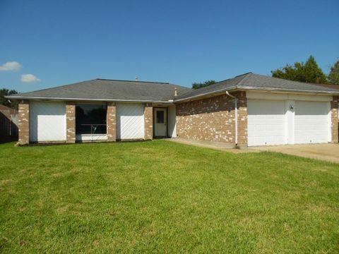 5418 Stone Creek Dr, La Porte, TX 77571