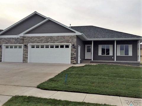 5713 E Huber St, Sioux Falls, SD 57110