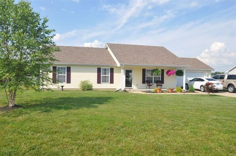 578 Rodeo Dr, Cecilia, KY 42724