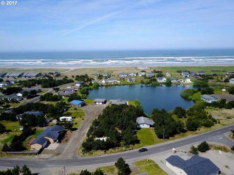 Photo of 34106 J Pl, Ocean Park, WA 98640