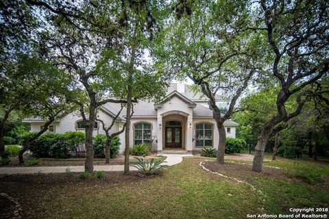 Garden Ridge, TX Homes With Special Features