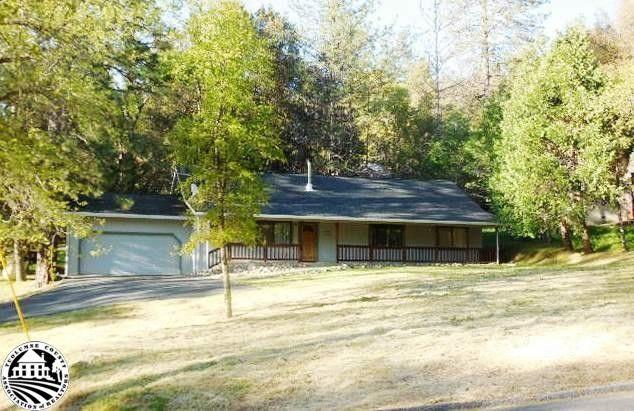 13121 Mohrmann St, Groveland, CA 95321