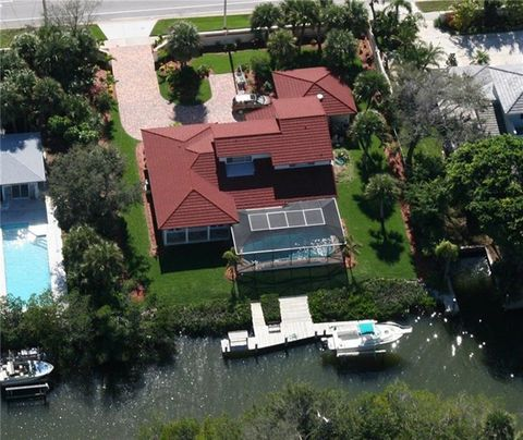 Photo of 517 E Causeway Blvd, Vero Beach, FL 32963