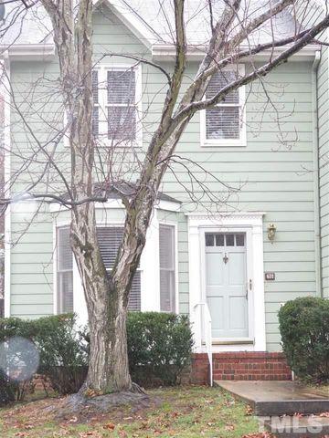 631 Oak Run Dr, Raleigh, NC 27606