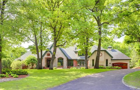Phenomenal Waterfront Homes For Sale In Bloomington Mn Realtor Com Home Interior And Landscaping Oversignezvosmurscom