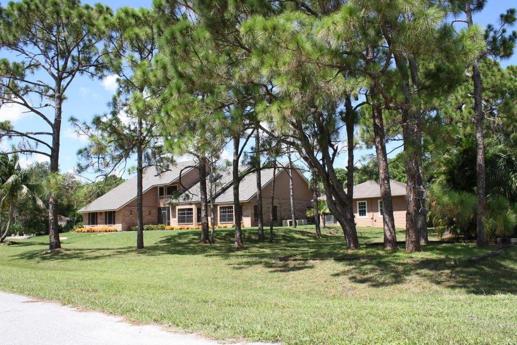 15437 71st Dr N, Palm Beach Gardens, FL 33418