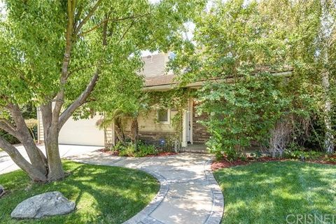 26835 Pine Hollow Ct, Valencia, CA 91381
