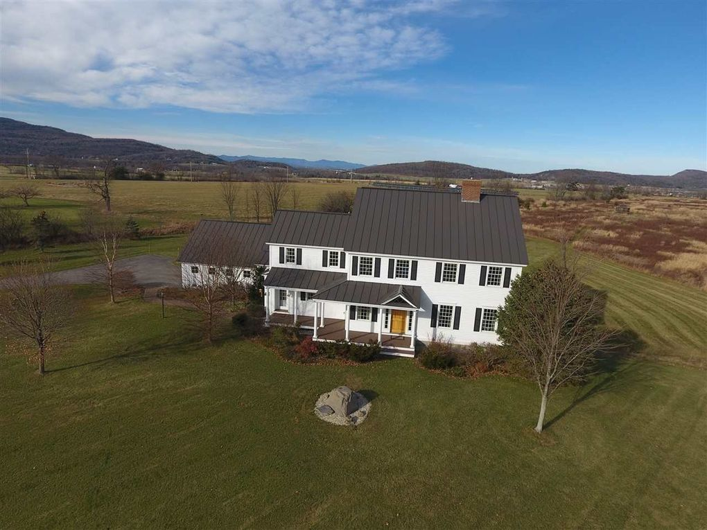 1254 Twitchell Hill Rd, New Haven, VT 05472