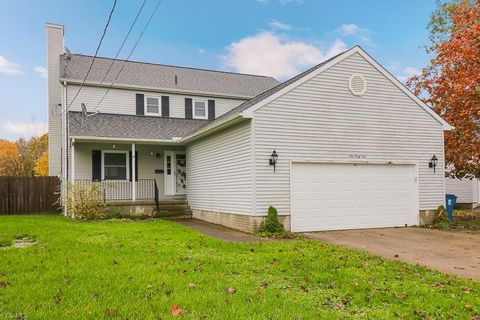 Photo of 949 S Main St, Amherst, OH 44001