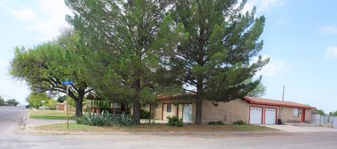 Photo of 101 N Everts St, Fort Stockton, TX 79735