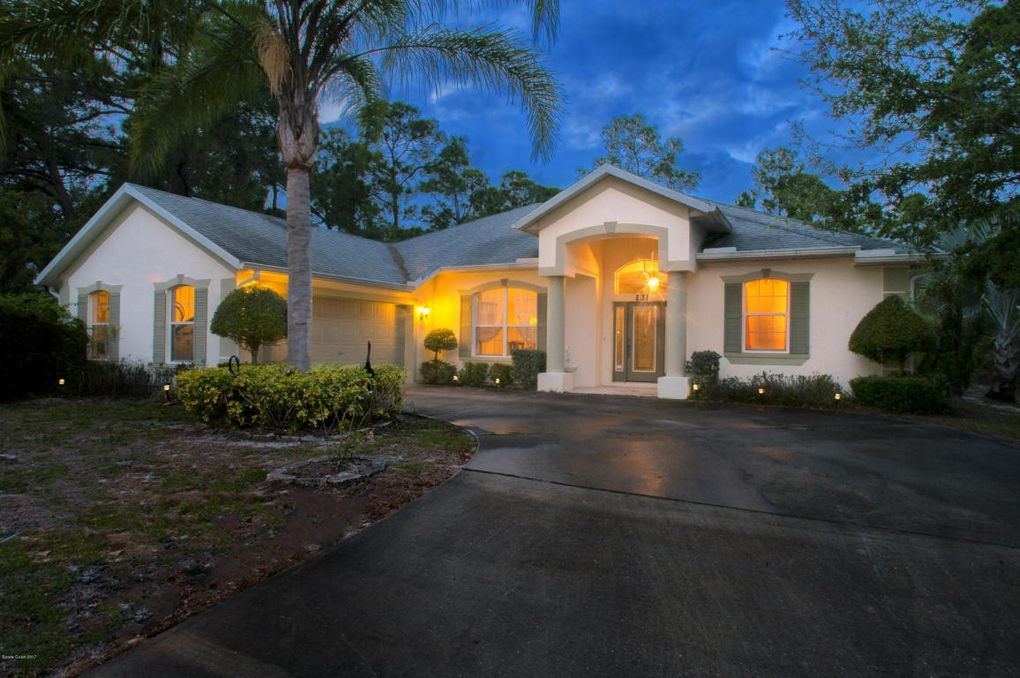 131 Haines Rd SW Palm Bay, FL 32908