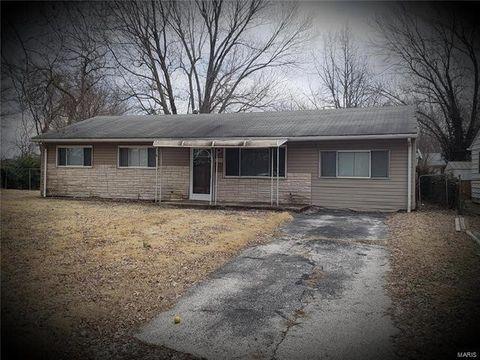 Photo of 8725 Delmore Ter, Caseyville, IL 62232