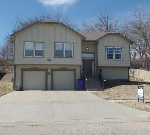 singles in geary county 6 days ago  374 michaels ct, junction city, ks is a 3 bed, 2 bath, 1850 sq ft single-family  home available for rent in junction city, kansas.