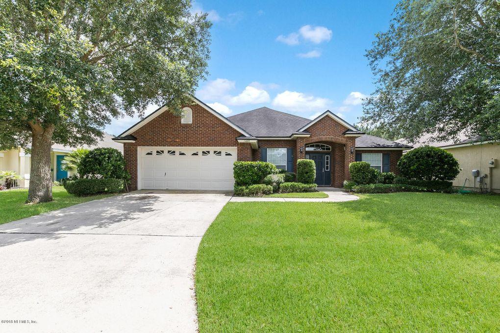 1425 Canopy Oaks Dr, Orange Park, FL 32065