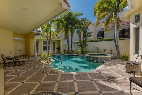Photo of 812 Floret Dr, Palm Beach Gardens, FL 33410