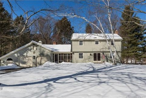 63 Mc Culloch Dr, Somers, CT 06071