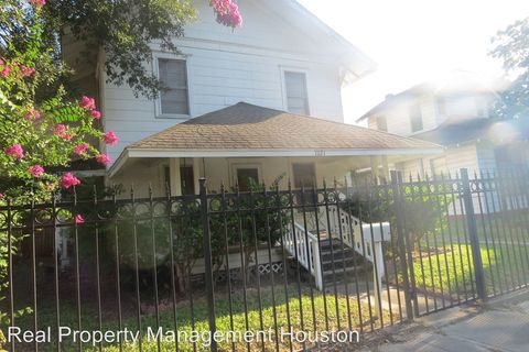 Photo of 7021 Avenue E # E, Houston, TX 77011