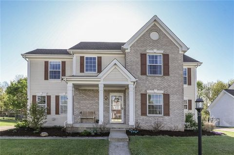 Photo of 65 Carriage Lake Dr, Brownsburg, IN 46112