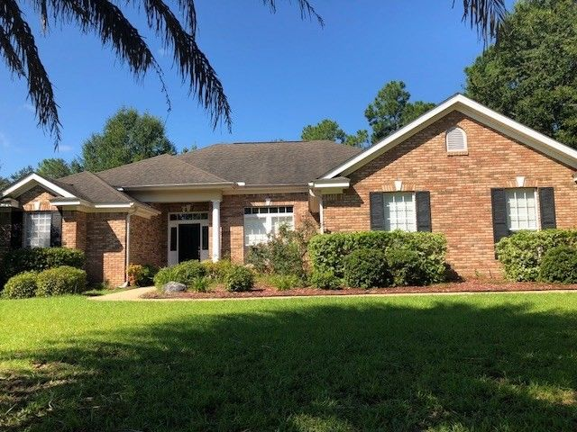 8067 Preservation Rd, Tallahassee, FL 32312