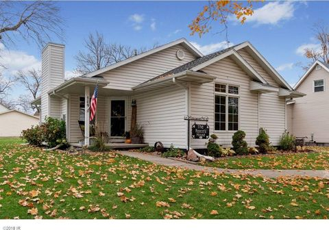 Photo of 109 3rd St Se, State Center, IA 50247
