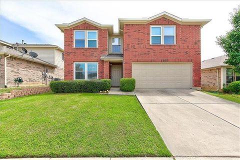 Photo of 1428 Thornhill Ln, Little Elm, TX 75068