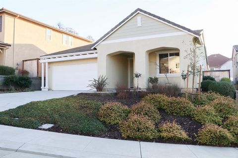 Photo of 20728 Fairway Dr, Patterson, CA 95363