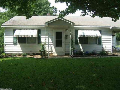 902 Oakwood, Benton, AR 72015