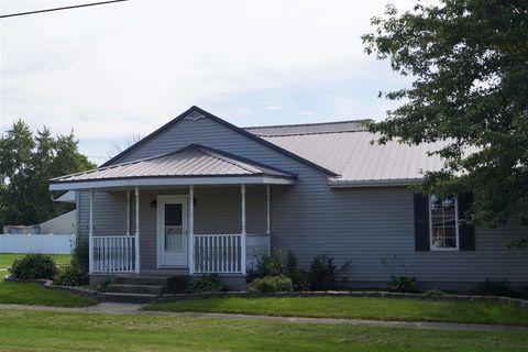 203 N Elm St, Mentone, IN 46539