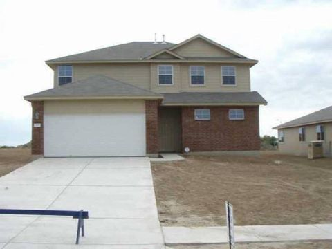 Photo of 200 Picadilly Dr, Kyle, TX 78640