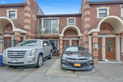 Photo of 1025 E 225th St, Bronx, NY 10466