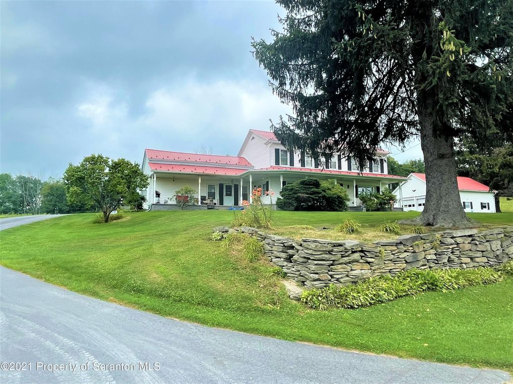 1815 Vandermark Rd Montrose, PA 18801