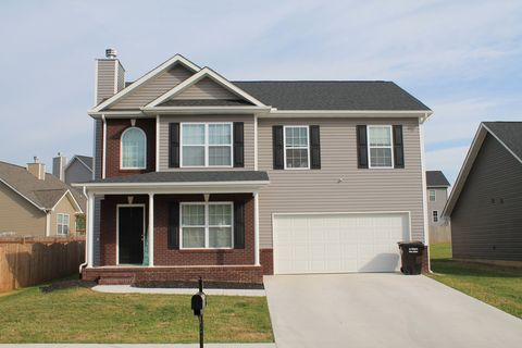 Photo of 8124 Cambridge Reserve Dr, Knoxville, TN 37924