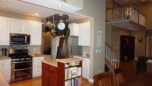 1950 Atlantic Ave, Sandusky, OH 44870 - Kitchen