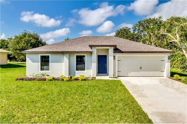 426 Shadow Lakes Dr, Lehigh Acres, FL 33974