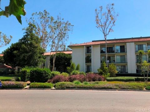 Photo of 4314 Apricot Dr Unit 4314, Irvine, CA 92618