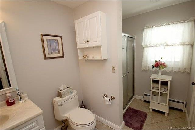 20 Lota Dr  Fairfield  CT 06825   Bathroom. 20 Lota Dr  Fairfield  CT 06825   realtor com