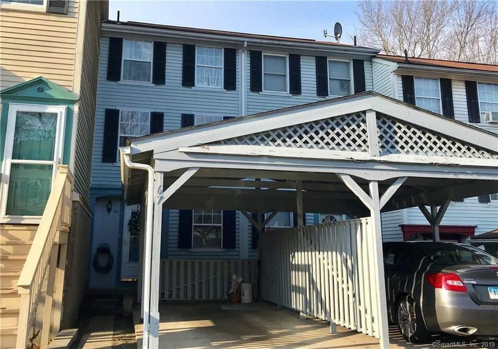 67 Rising Trail Dr, Middletown, CT 06457